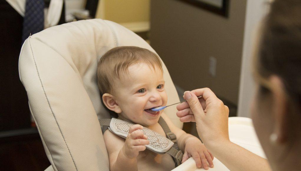 mancare sanatoasa pentru bebelusi